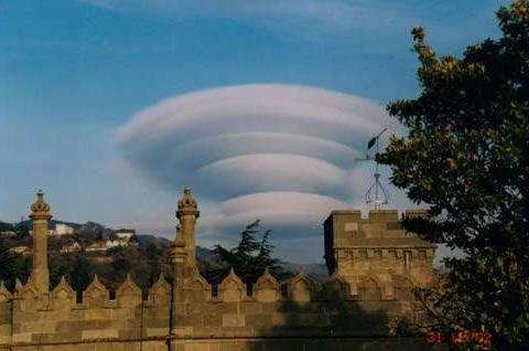 Lenticular-Clouds-2
