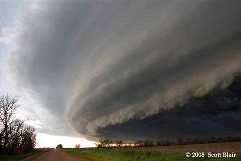 Shelf-Clouds-3