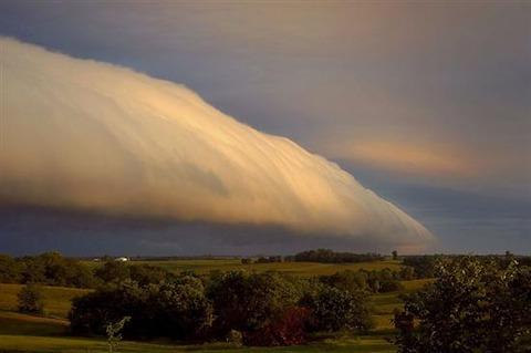 Roll-Clouds-4