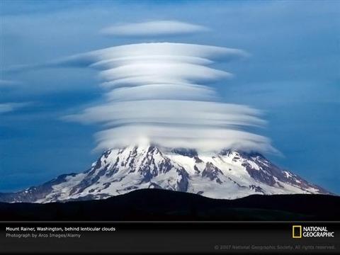 Lenticular-Clouds-3