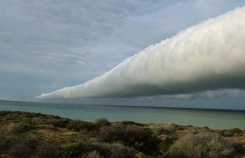 Roll-Clouds-1