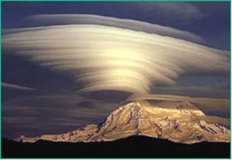 Lenticular-Clouds-1
