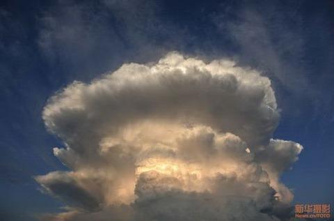 Mushroom-Clouds-3