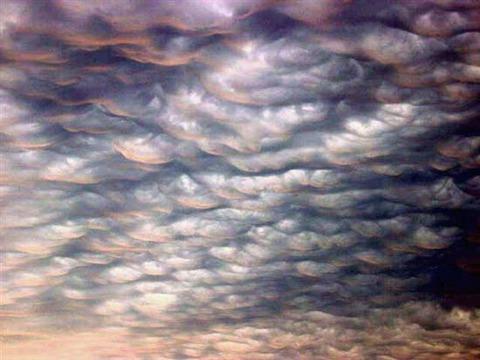 Lenticular-Clouds-5