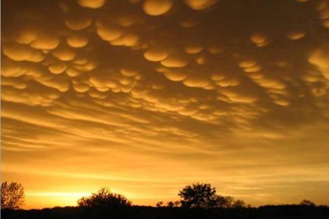 Mammatus-Clouds-2