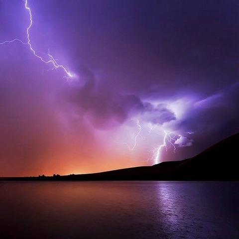 thunder-lightning-photos09