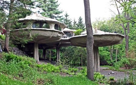 mushroom-house (1)