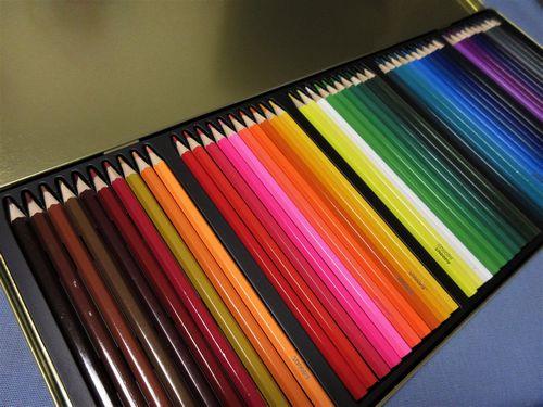 色鉛筆502s