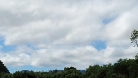 雲が多い空_20200906