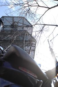鉄塔とカブ