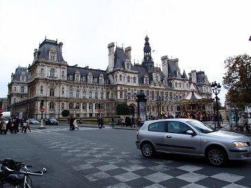 オテル・ヴィーユ(パリ市庁舎)