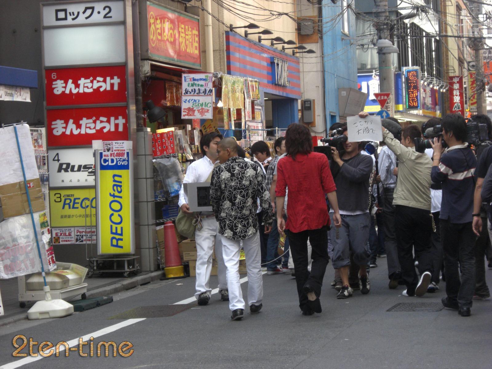 http://livedoor.blogimg.jp/nitenplus/imgs/b/f/bf012e2e.jpg