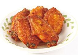 サイゼリヤで誰しもが頼んでしまうもの「辛味チキン」「小エビのサラダ」「プチフォッカ」