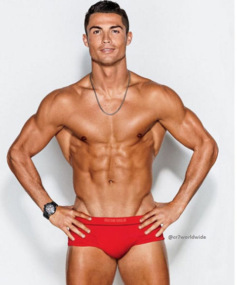 クリロナの上半身の筋肉www