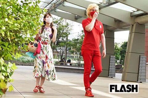 【FLASH】カズレーザー、美人元棋士 竹俣紅と「赤い紅い」デート現場(画像あり)