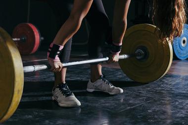 なんj民の筋力、ベンチ130kg(65kg)デッド210(90kg)スクワット180kg(70kg)