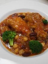 鶏とお豆の煮込み