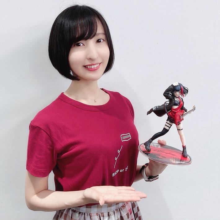 声優界一人気美女・佐倉綾音さんの最新おっぱそ膨らみ画像wwwwwww
