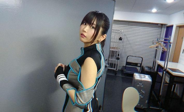 【エチ報】美人声優・小岩井ことりさん、巨乳アピールをしてしまうwww