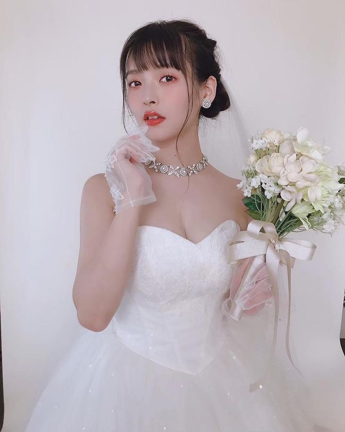 【画像】性優の上坂すみれさん、ウェディング谷間エチエチでシコられたい欲婚活きたこれ!!