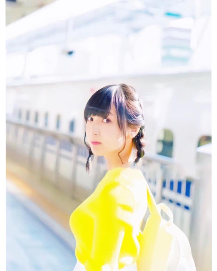 【画像】美人No.1声優・佐倉綾音さんの破裂しそうなエチエチおっぱちょエロすぎ問題wwwwwwww
