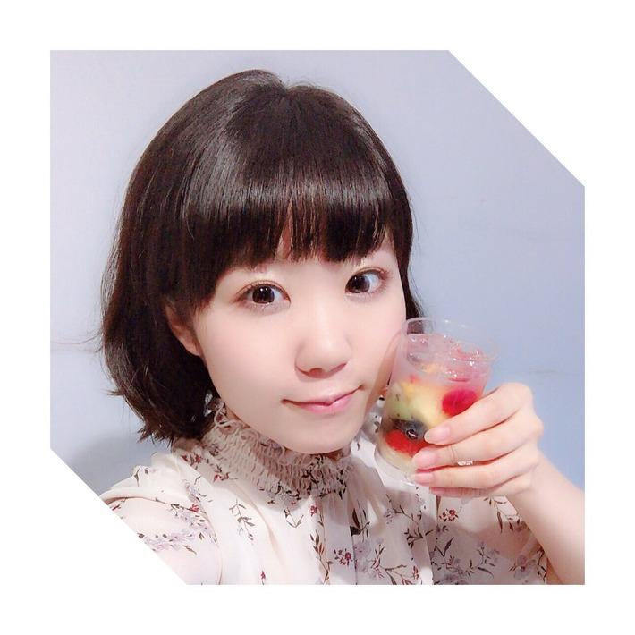 声優の東山奈央ちゃんの最新自撮りwwwwwwwwwww