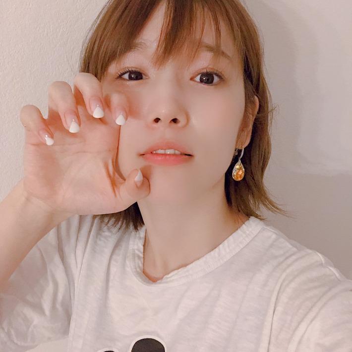 声優の内田真礼さんの最新自撮りwww