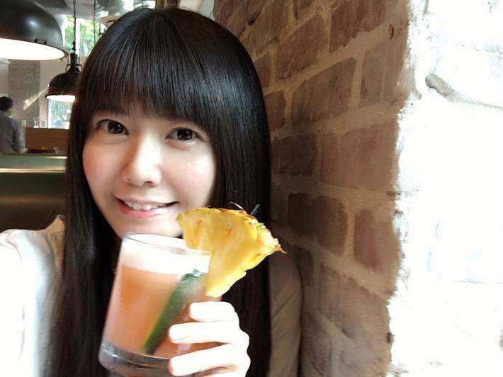 【画像】声優・竹達彩奈さん「彼女とデートなうに使っていいよ」写真www