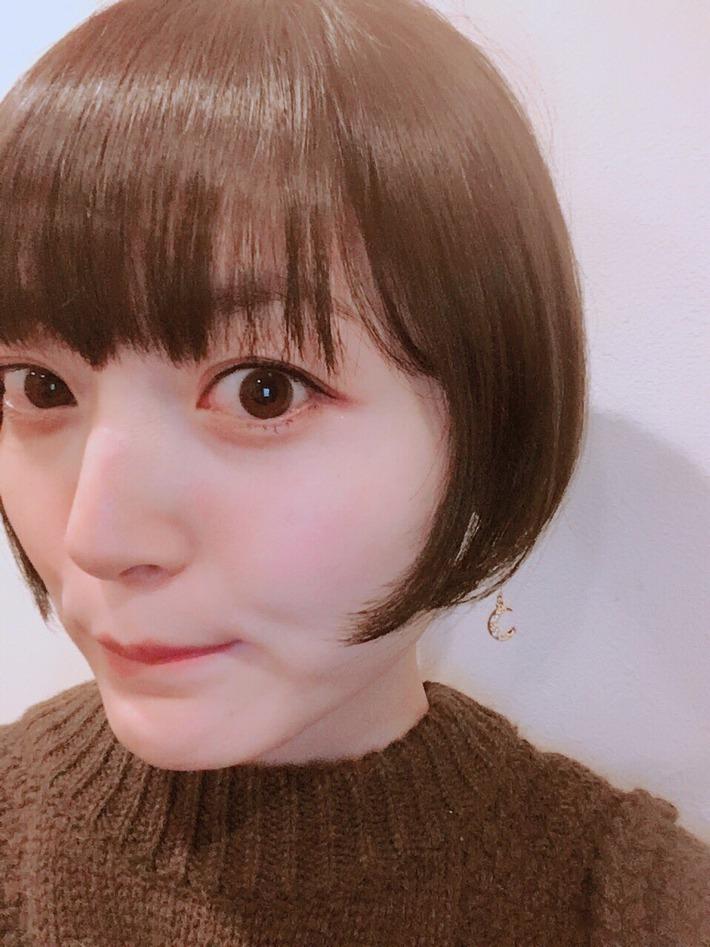 【朗報】花澤香菜さん(29)、まだまだイケるwwww