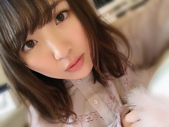 【朗報】美人巨乳声優の豊田萌絵さん、ぐうシコかわな画像を投下してくださるwww