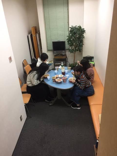 【朗報】佐倉綾音さん、クリスマスはいつものメンバーと過ごした模様