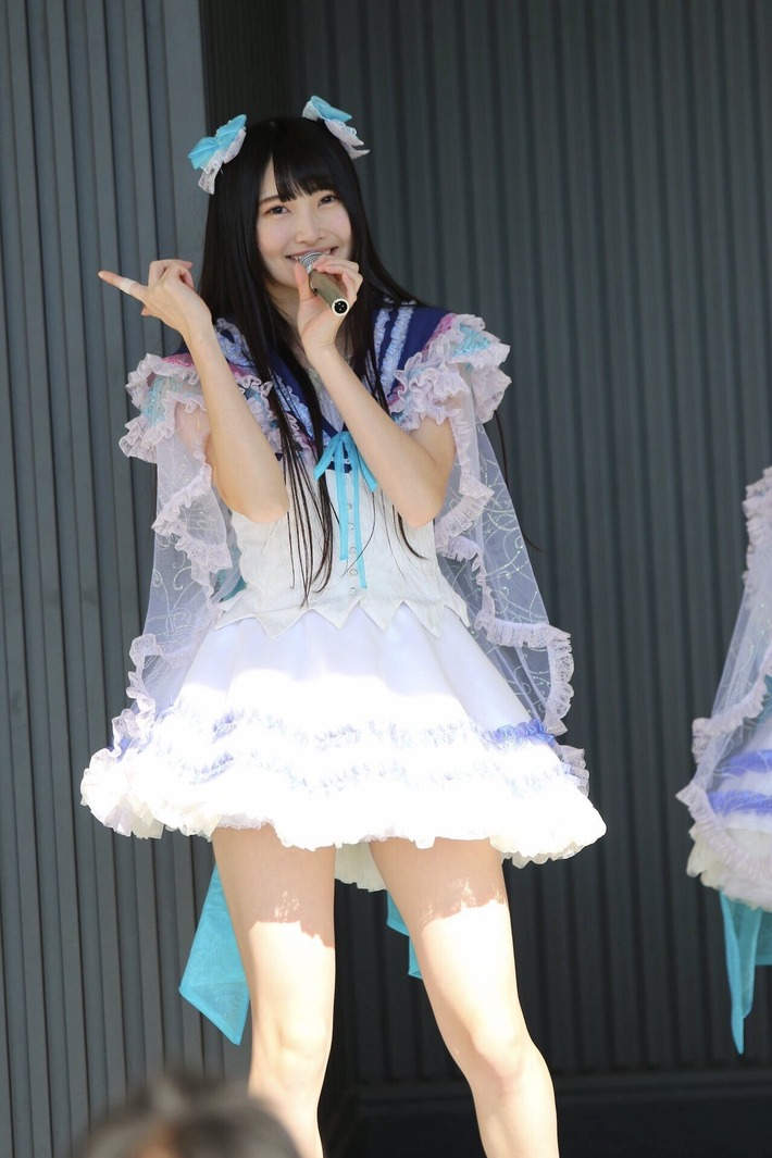 【画像】声優の内田真礼さんのそっくりさん、かなり可愛いwww
