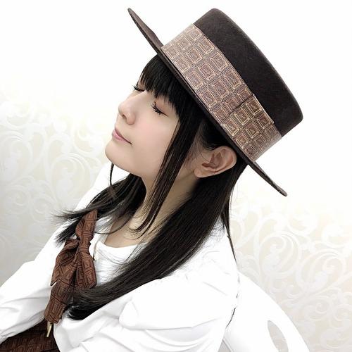 【画像】チョコハット被って目を瞑ってる竹達彩奈ちゃんもかわいいな