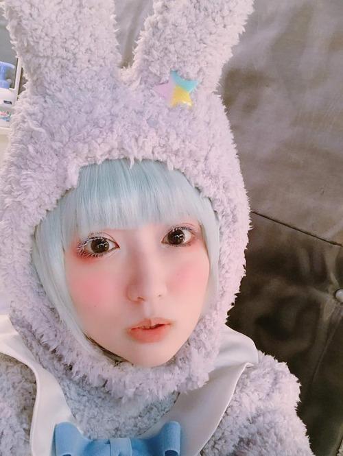 【画像】声優の悠木碧ちゃんはうさぎになってもかわいいな