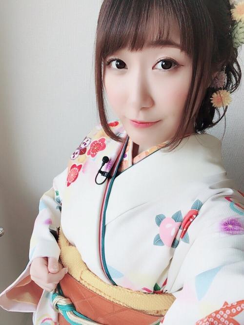 【画像】声優の日高里菜ちゃんって着物が似合うよね