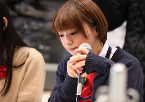 声優の井澤詩織さんって顔可愛いし、変な声だし、最高すぎ