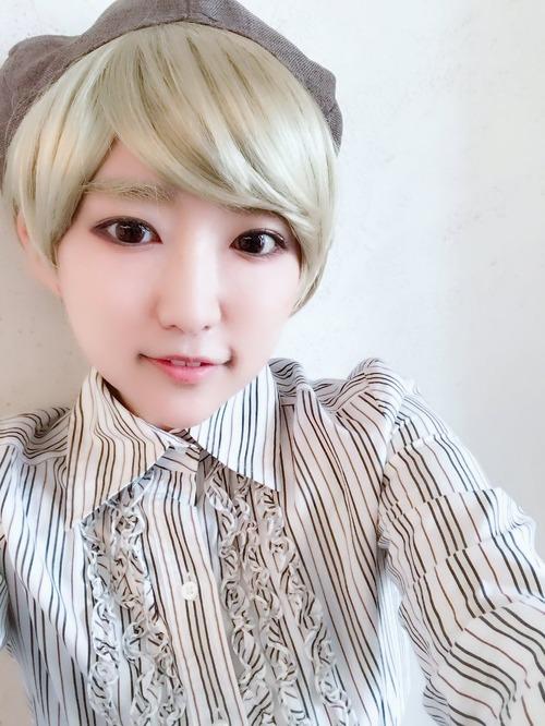 【画像】悠木碧さんがヘアチェンで金髪美少年に