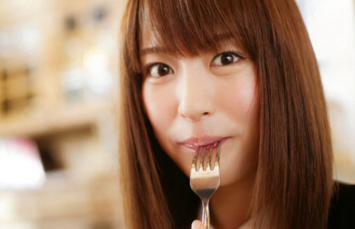 小松未可子とかいう可愛らしい声優www