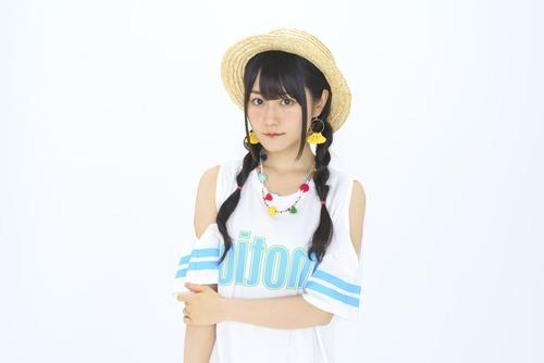 【画像】声優・小倉唯ちゃんは麦わら帽子も似合うな