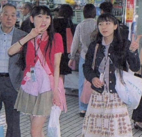 【画像】これが20年前の声優・田村ゆかりと堀江由衣か・・・