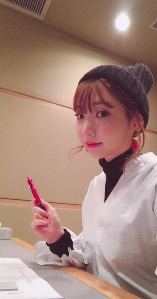 井上麻里奈さんって32歳だけど、めっちゃ可愛いよね