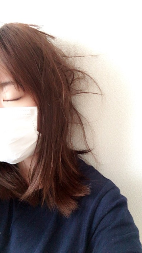 【画像】声優・小松未可子さんがマスクして倒れとる・・・