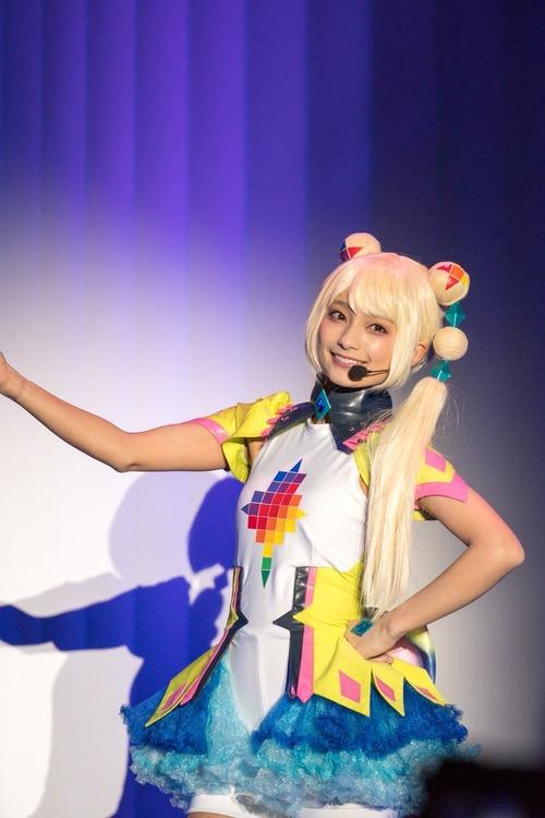 【画像】この高野麻里佳さんのコスプレ中々いいな・・・