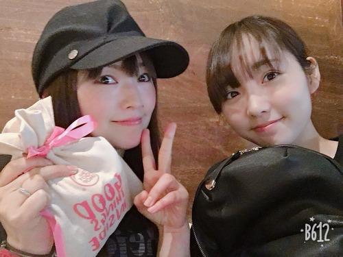 【画像】声優・下田麻美さんと木戸衣吹ちゃんのツーショット可愛すぎ