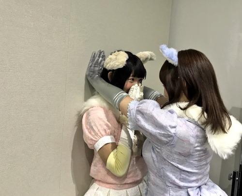 【けものフレンズ】アライさんの声優・小野早稀さんが壁ドンしてる