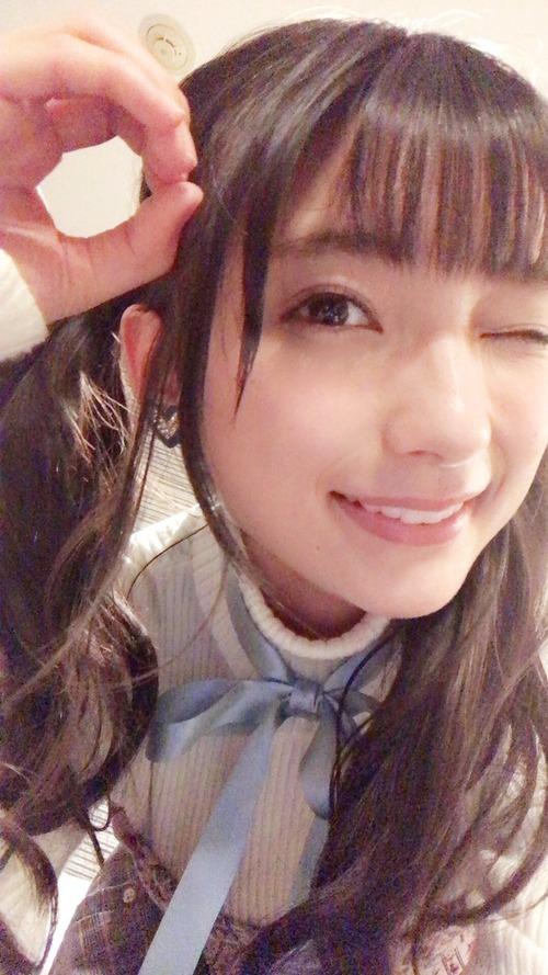 【画像】声優・高野麻里佳ちゃんのウインクがヤバイくらい可愛い