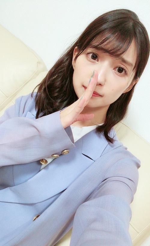 【画像】声優・高野麻里佳ちゃんのこのポーズなんか好き