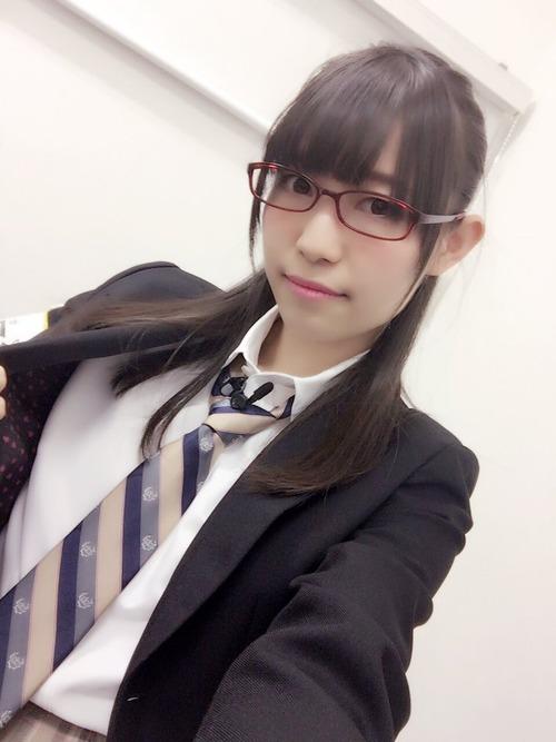 声優界で一番メガネが似合う女性声優って松井恵理子なんじゃないか