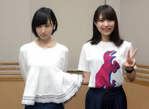 【画像】この佐倉綾音さん、大西沙織に胸揉まれてね?