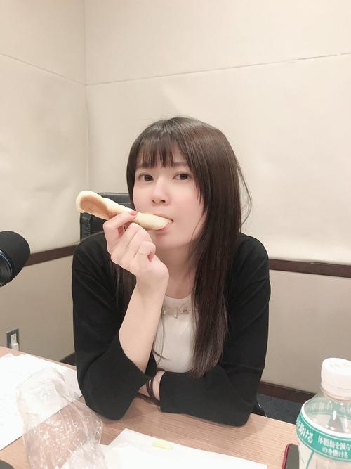 【画像】声優・竹達彩奈ちゃんのこの表情なんとも言えない感じで好き